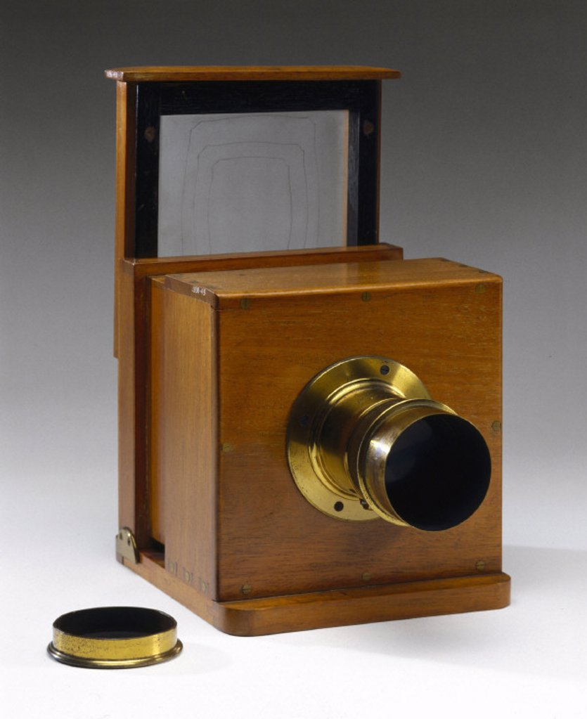 Stock Photo: 1895-20590 Dry collodion plate camera, c 1860.