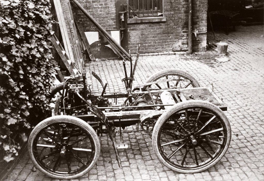 Chassis of a 6 hp Panhard motor car, 1898. : Stock Photo