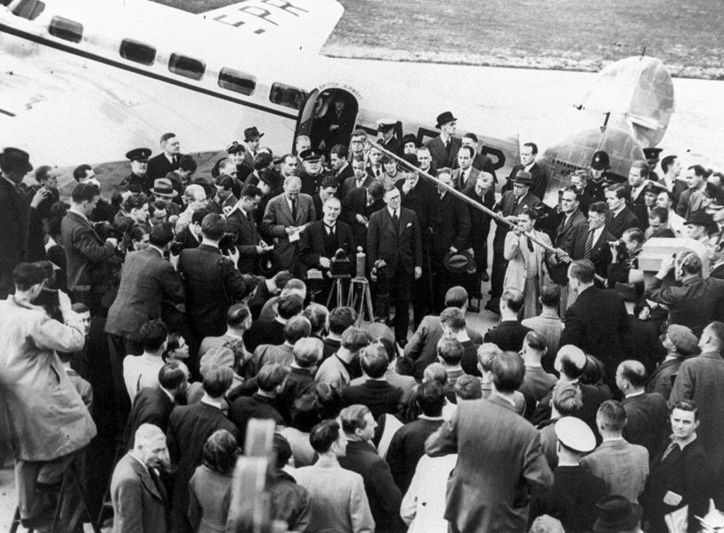 Stock Photo: 1895-21070 Prime Minister Neville Chamberlain, Heston Aerodrome, 16 September 1938.