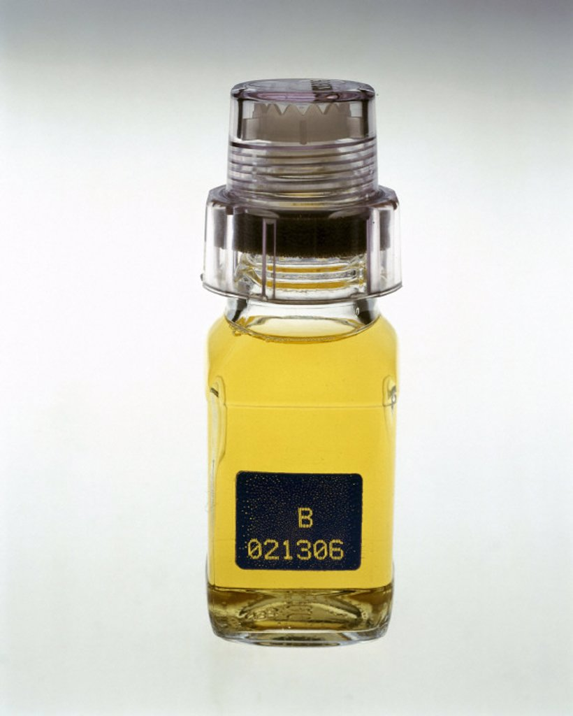 Stock Photo: 1895-21126 Urine sample in a tamper-proof jar, 2000.