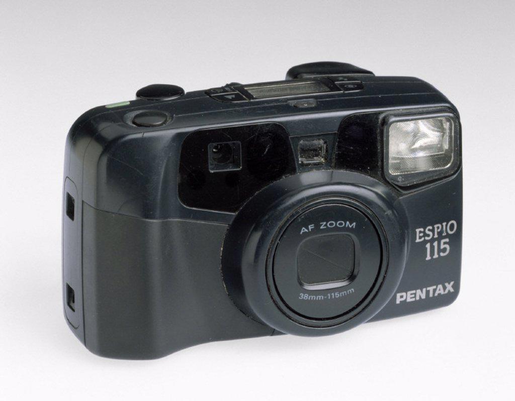 Stock Photo: 1895-22964 Pentax ´Espio 115' autofocus camera, 1990s.