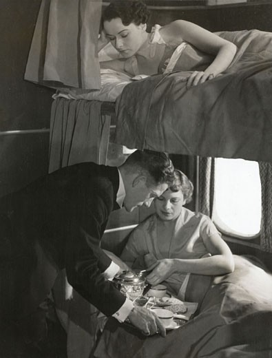 The sleeping accommodation on a Short Empire Flying Boat ´Canopus´, c 1940s. : Stock Photo
