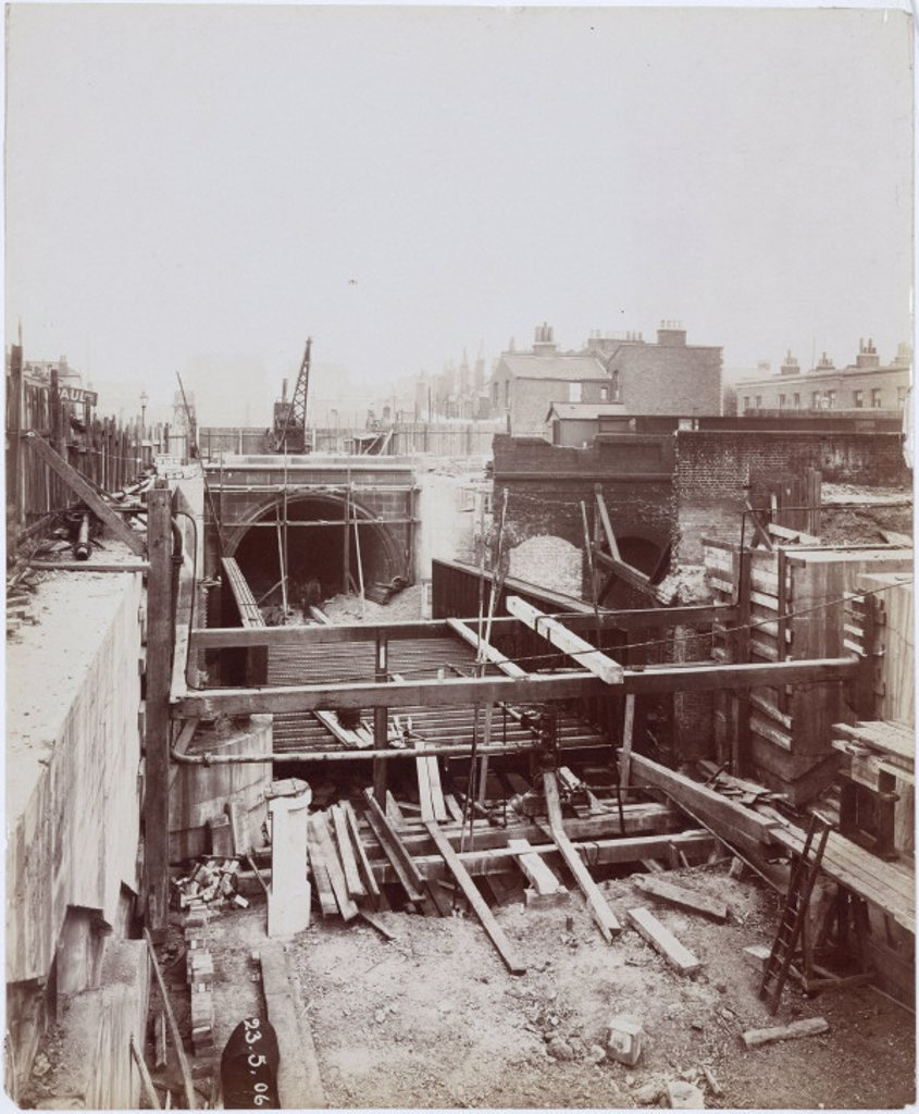 Stock Photo: 1895-25197 Construction of the Rotherhithe Tunnel, London, 1906.