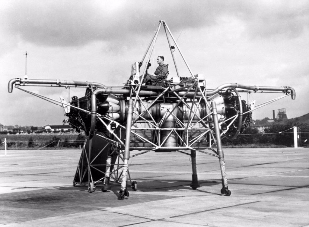 'Flying Bedstead' during tests, Hucknall, Nottinghamshire, c 1955. : Stock Photo