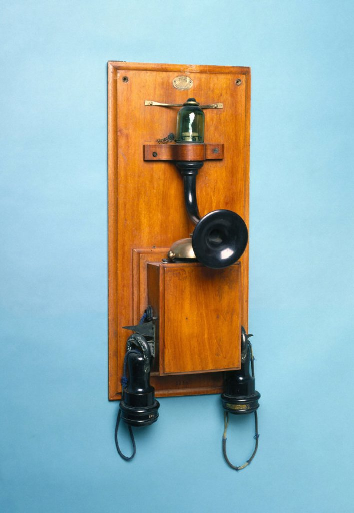 Silvanus P Thompson´s ´valve´ telephone, 1882-85. : Stock Photo