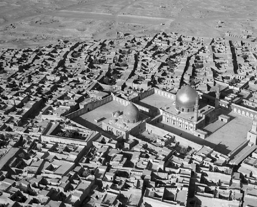 Stock Photo: 1895-42921 Aerial view of the al-Askari Mosque, Samarra', Iraq, c 1951.