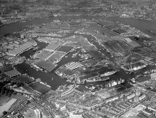 Aerial view of the Surrey Commercial Docks, London, November 1961. : Stock Photo