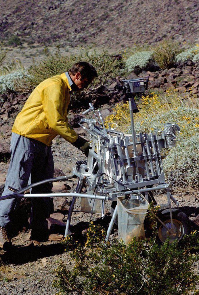 Geology training exercise, February 1970 : Stock Photo