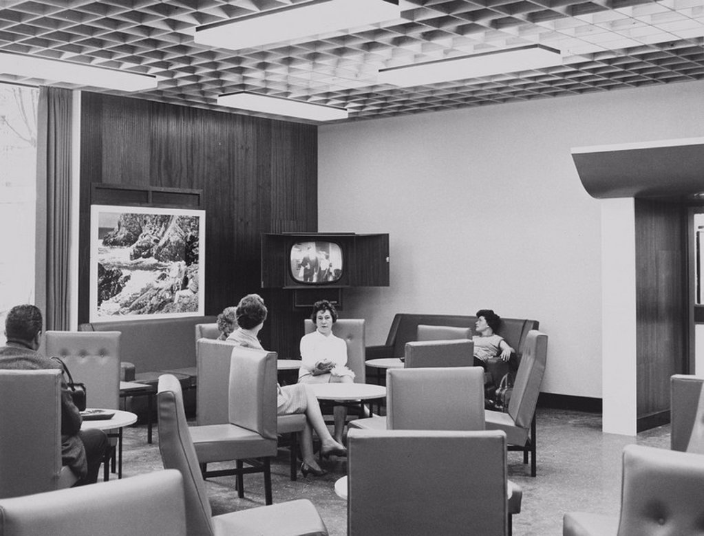 Stock Photo: 1895-44805 Motorail waiting room, 20 May 1966