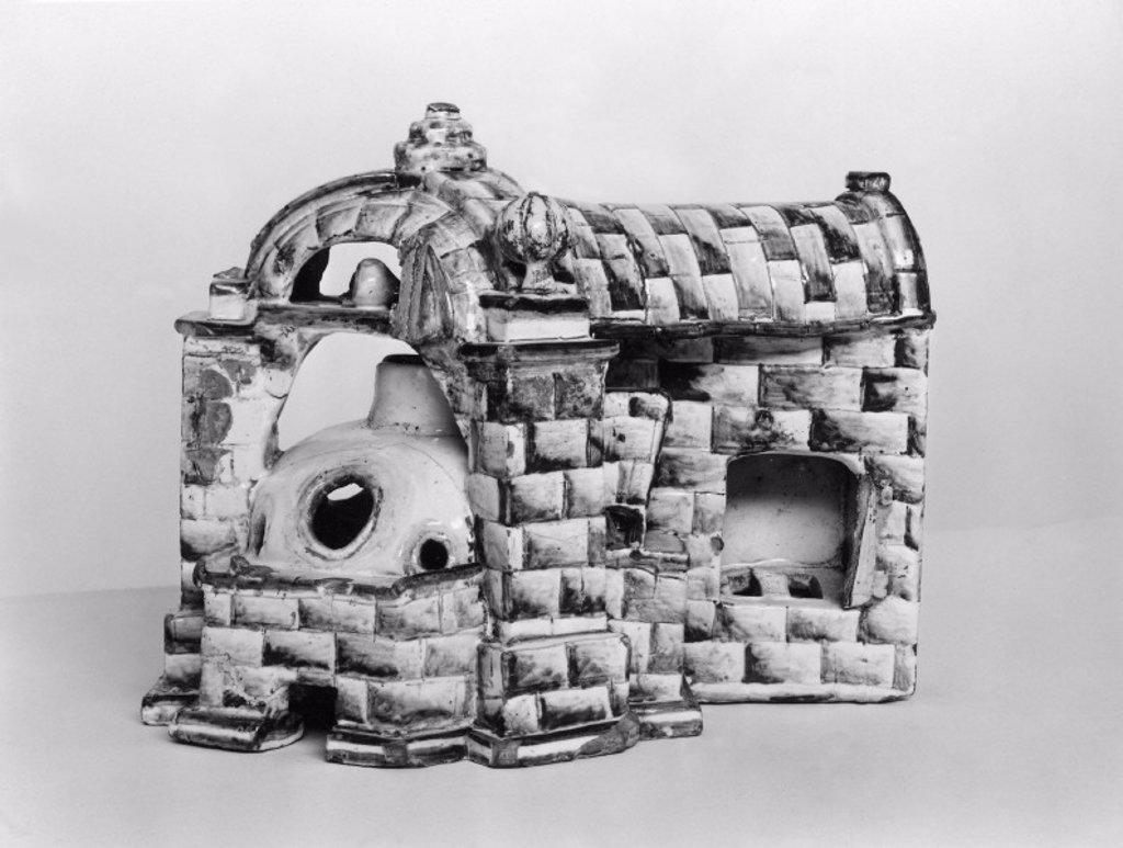 Glazed china model of a glass furnace, 1750-1800. : Stock Photo
