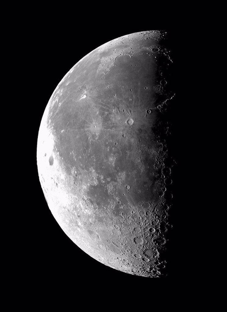 Stock Photo: 1895-47062 Last Quarter Moon, 18 October 2003