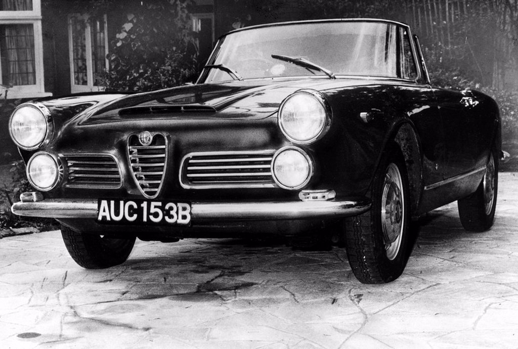 Alfa Romeo 2600 Spider, August 1964 : Stock Photo