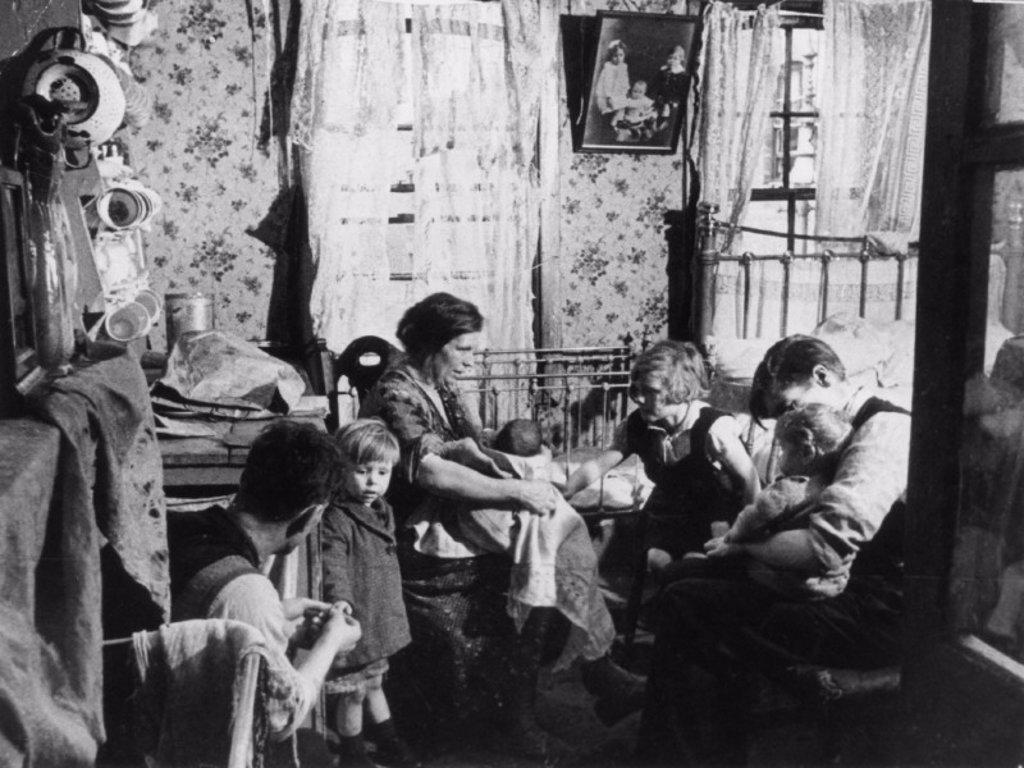 Interior of a slum, London, 1 November 1934. : Stock Photo