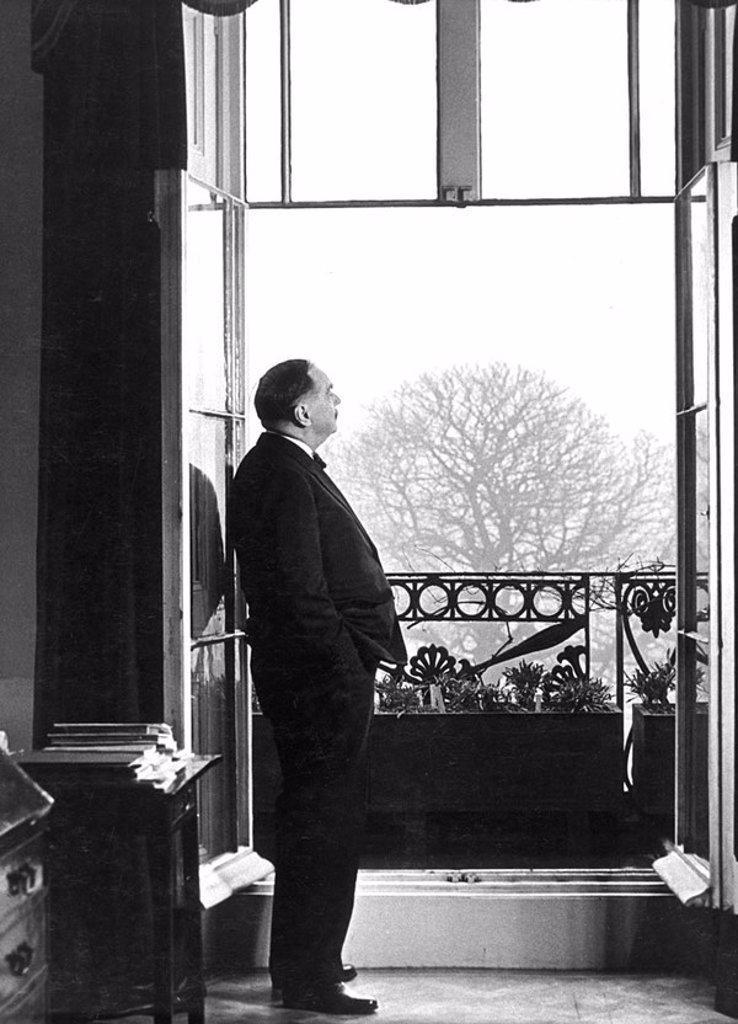 Herbert George Wells, British writer, January 1940 : Stock Photo