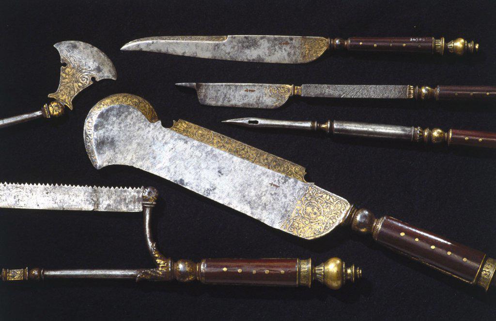 Stock Photo: 1895-8420 Hunting trousse, English, c 1570.