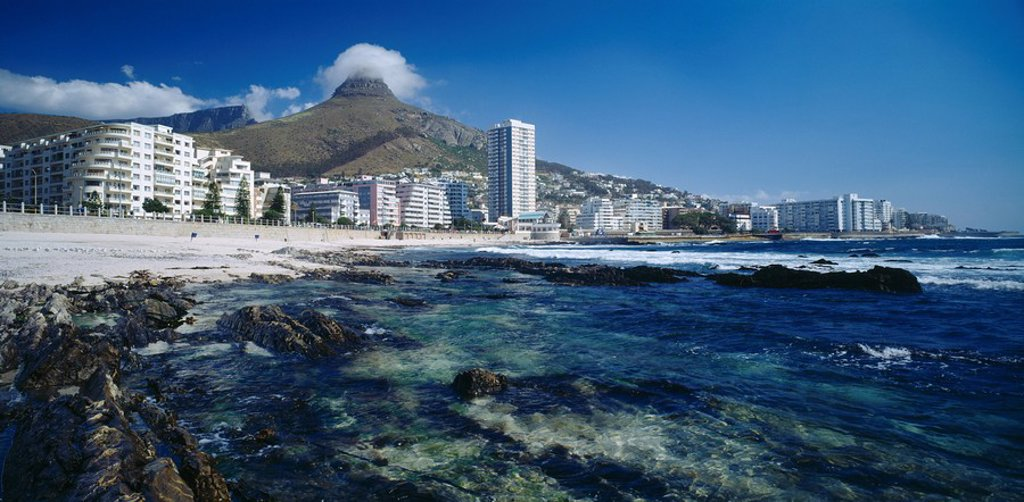 Cape Town beach with Lions head & promenade in the background. Sea Point, Cape Town, Western Cape Province, South Africa : Stock Photo