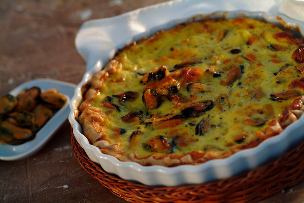 Quiche with mussels : Stock Photo
