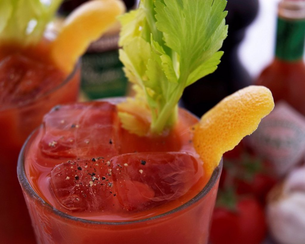Verenen Mary Cocktail_ Bloody Mary with recipe : Stock Photo