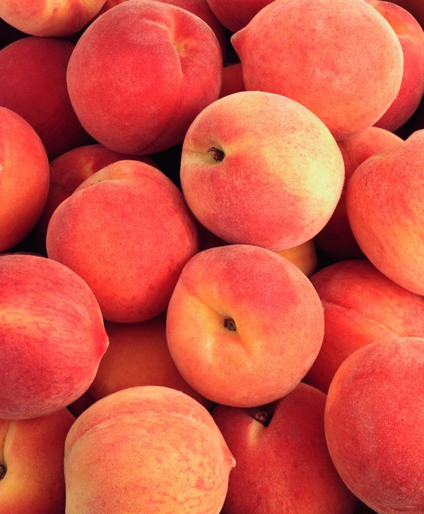Stock Photo: 1898-28319 Peaches