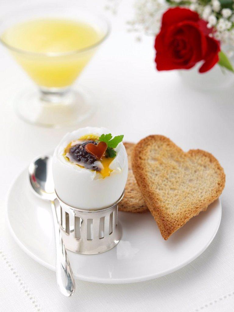 Stock Photo: 1898-35582 Valentine Breakfast Egg & Caviar