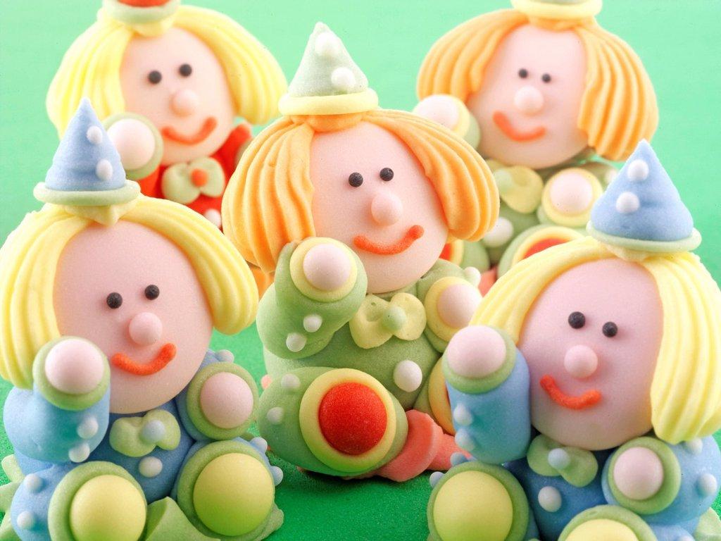 Sugarcraft Clown figures : Stock Photo
