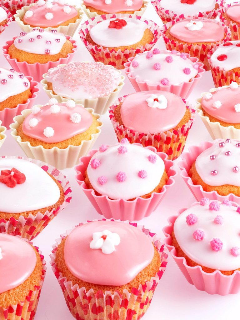 Stock Photo: 1898-45818 Pink And White Cupcakes Or Fairy Cakes
