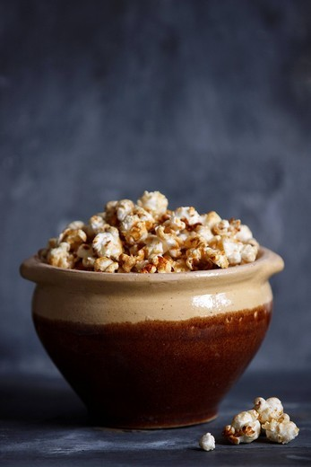 Toffee Popcorn _ with recipe : Stock Photo