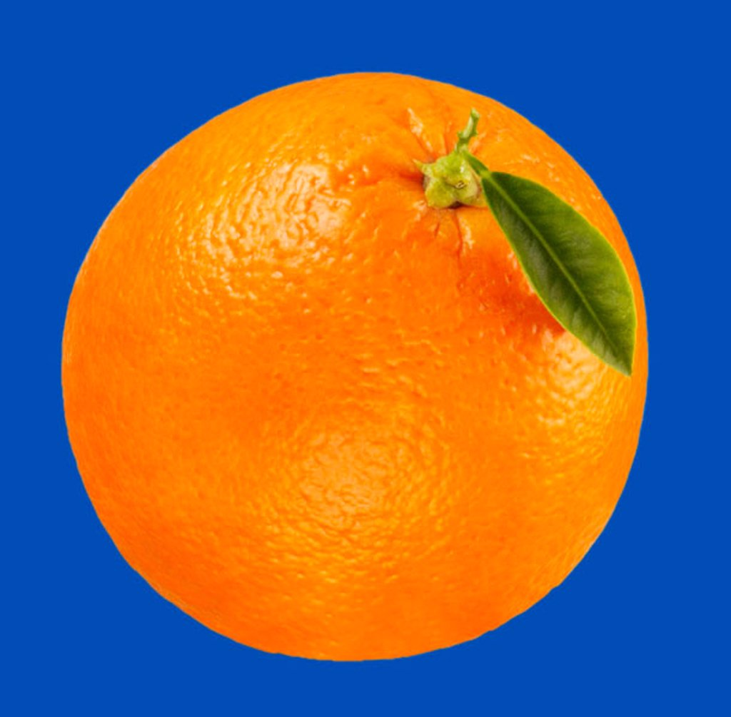 Stock Photo: 1898-4943 Whole orange on blue