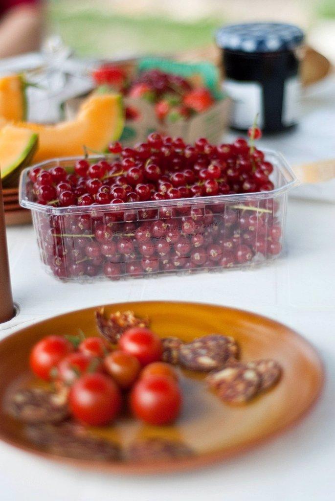 Fresh Al Fresco Lunch Spread : Stock Photo