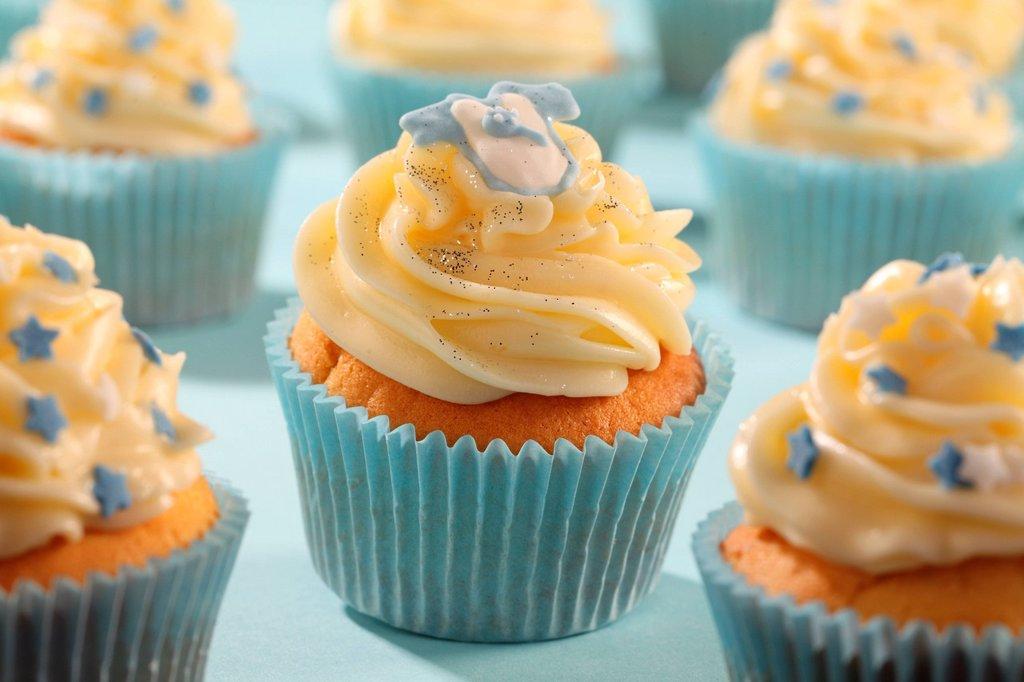 Stock Photo: 1898-53366 Cupcakes