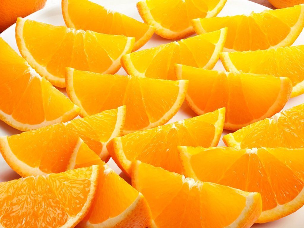 ORANGE SEGMENTS : Stock Photo