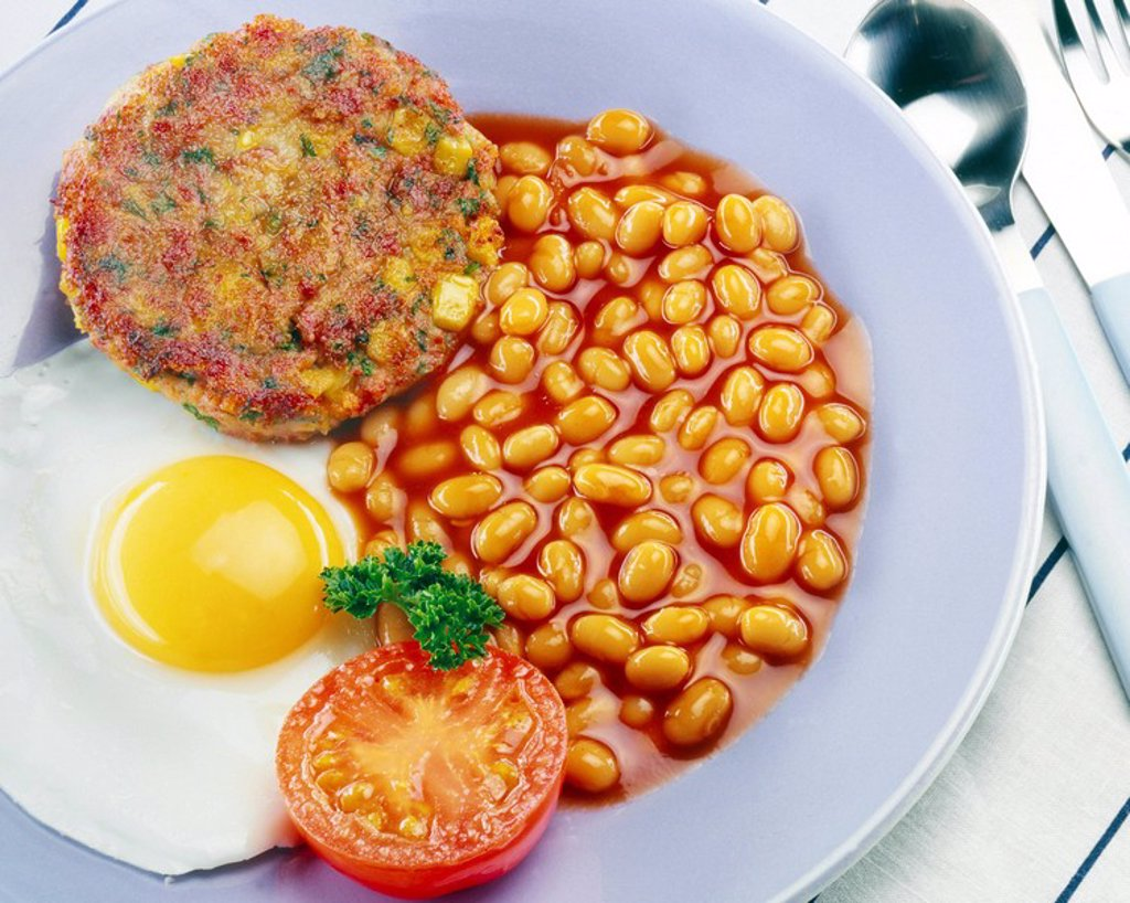 Stock Photo: 1898-6511 BREAKFAST WITH BEANS