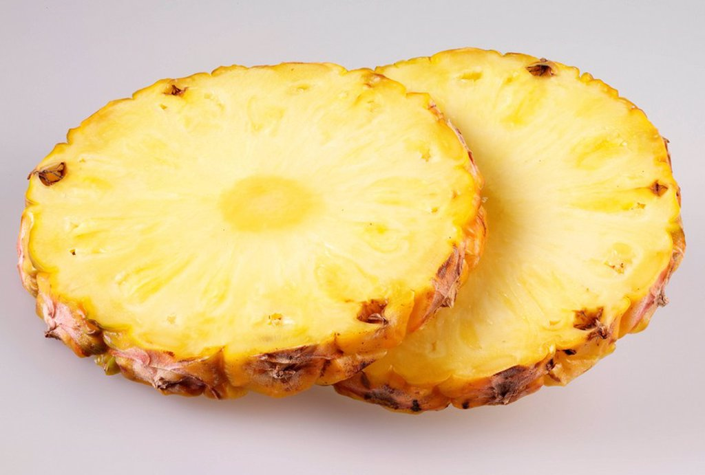 PINEAPPLE SLICES : Stock Photo