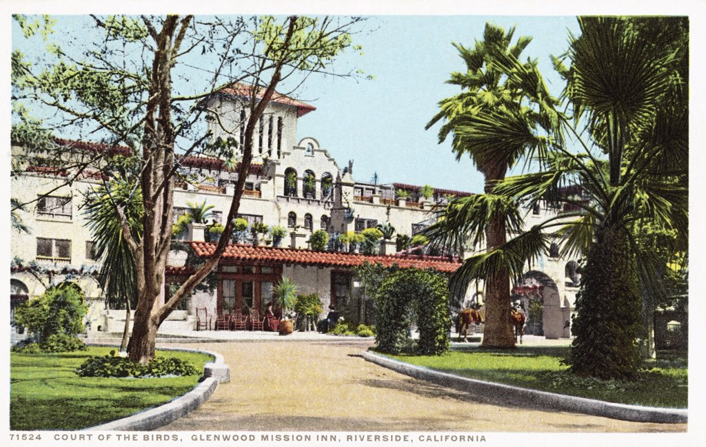 Stock Photo: 1899-12189 Court of the Birds, Glenwood Mission Inn, Riverside, California Postcard. ca. 1915-1925, Court of the Birds, Glenwood Mission Inn, Riverside, California Postcard