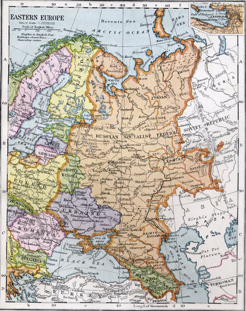 Eastern Europe between the First and Second World Wars. From Bacon's Excelsior Atlas of the World, published circa 1930. : Stock Photo