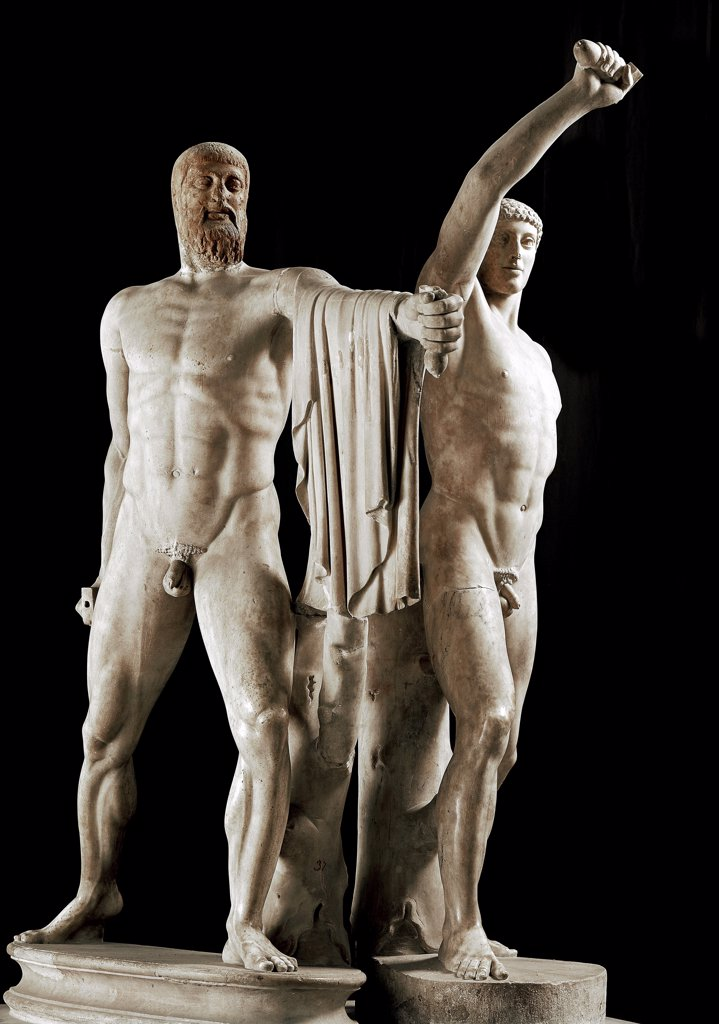 Harmodius and Aristogiton (The tyrannicides or Tyrant Slayers). Marble, H200 cm, 5th century BC. Museo Archeologico Nazionale, Naples, Italy.  : Stock Photo
