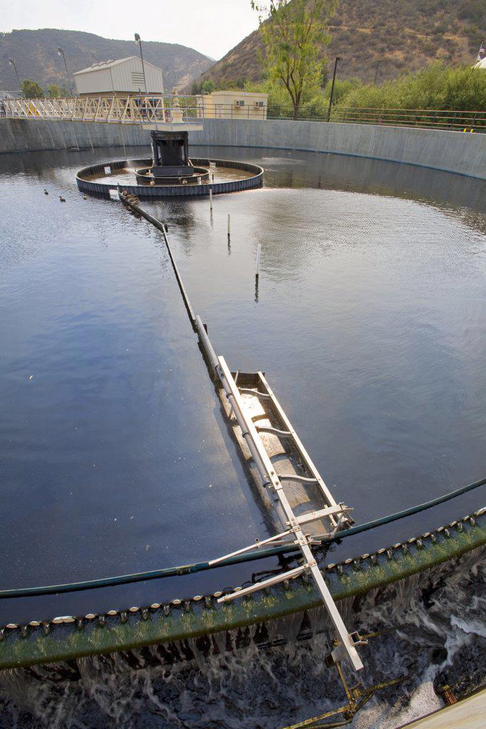 Secondary Clarifier, Hill Canyon Wastewater Treatment Plant, Camarillo, Ventura County, California, USA.  : Stock Photo