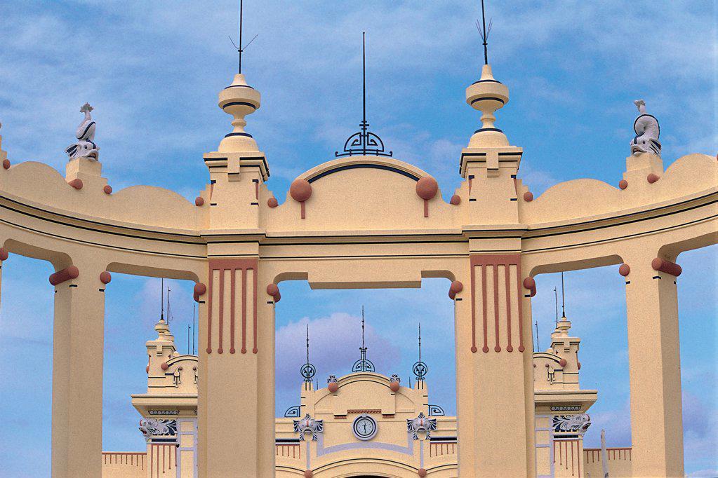 Mondello, Kursaal, near Palermo, by Stualket Rudolph, 20th Century, Unknow. Italy, Sicily, Mondello, Palermo, Kursaal. Detail. Kursaaal Mondello spa building exedra. : Stock Photo