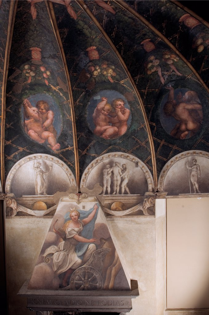 Stock Photo: 1899-31723 Frescoes in the Camera della Badessa at the Convent of St Paolo in Parma, by Allegri Antonio known as Correggio, 1519, 16th Century, fresco. Italy, Emilia Romagna, Parma, Monastery of San Paolo, Camera della Badessa. Detail. Frescoed ceiling vault fireplace cowl Diana pergola monochrome lunettes ovates putti wreaths: festoons fruit babies naked: nude children.