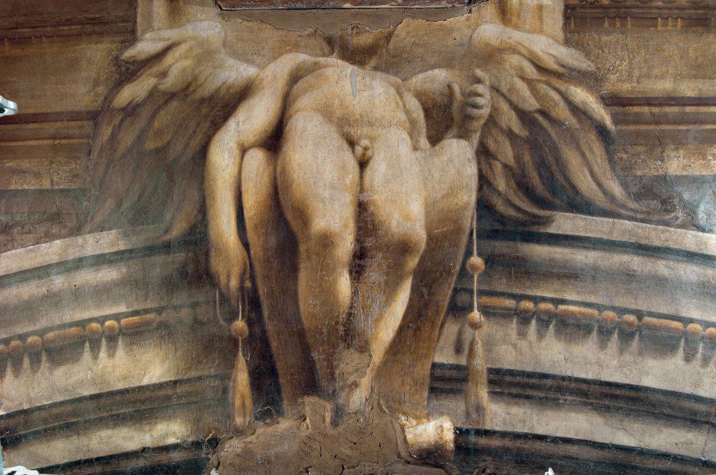 Assumption of the Virgin, by Allegri Antonio known as Correggio, 1526 - 1530, 16th Century, fresco. Italy, Emilia Romagna, Parma, Santa Maria Assunta Cathedral, Dome. Detail. Frieze winged genius monochrome genitals wings legs. : Stock Photo