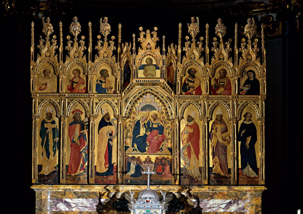 Polyptych of the Coronation of the Virgin and Saints, by Jacobello del Fiore, 15th Century, panel. Italy, Abruzzo, Teramo, Sant'Anna dei Pompetti Cathedral. Whole artwork. Polyptych central panel Coronation of the Virgin Mary Madonna Jesus compartments pinnacles saints cymatium: cimasa predella gilt wooden frame red blue gold. : Stock Photo