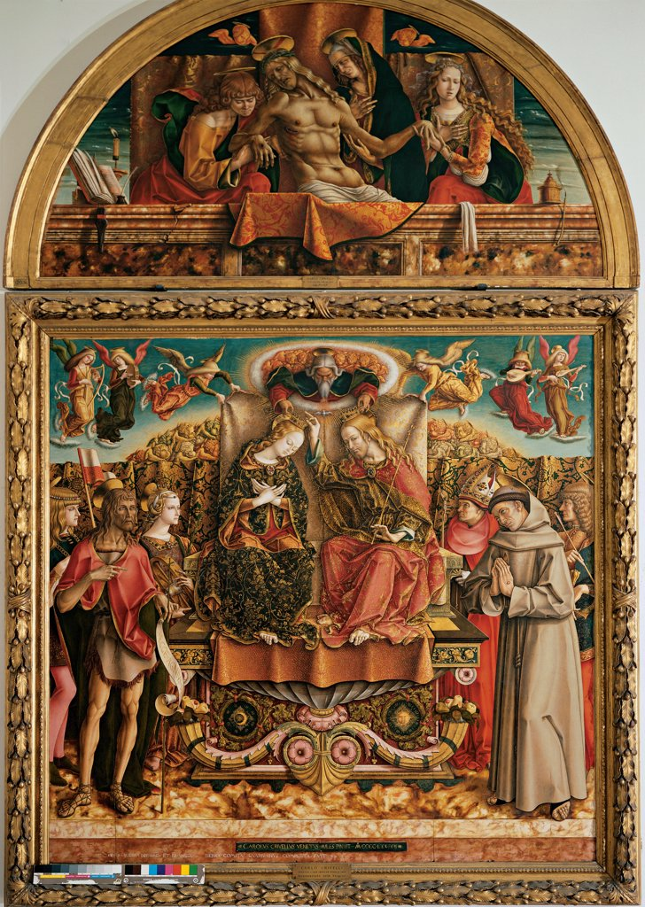 Coronation of the Virgin (altarpiece), by Crivelli Carlo, 1493, 15th Century, tempera on panel. Italy, Lombardy, Milan, Brera Art Gallery. Whole artwork. Crowing lunette (oil on canvas - 128 x 225) depicting the dead Christ with the Virgin Mary, Saints John the Evangelist and Mary Magdalene God's saints angels throne. : Stock Photo