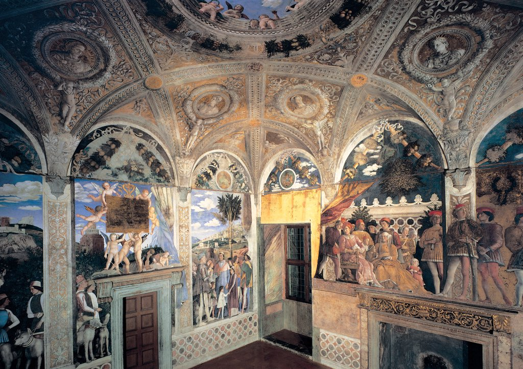 Decoration of the Camera degli Sposi (Camera Picta), by Mantegna Andrea, 1465 - 1474, 15th Century, fresco and dry tempera. Italy: Lombardy: Mantua: Ducal Palace. Perspective view of the north wall with The Court and the west wall with The meeting: view of the rhomboid lacunars ceiling vault : Stock Photo