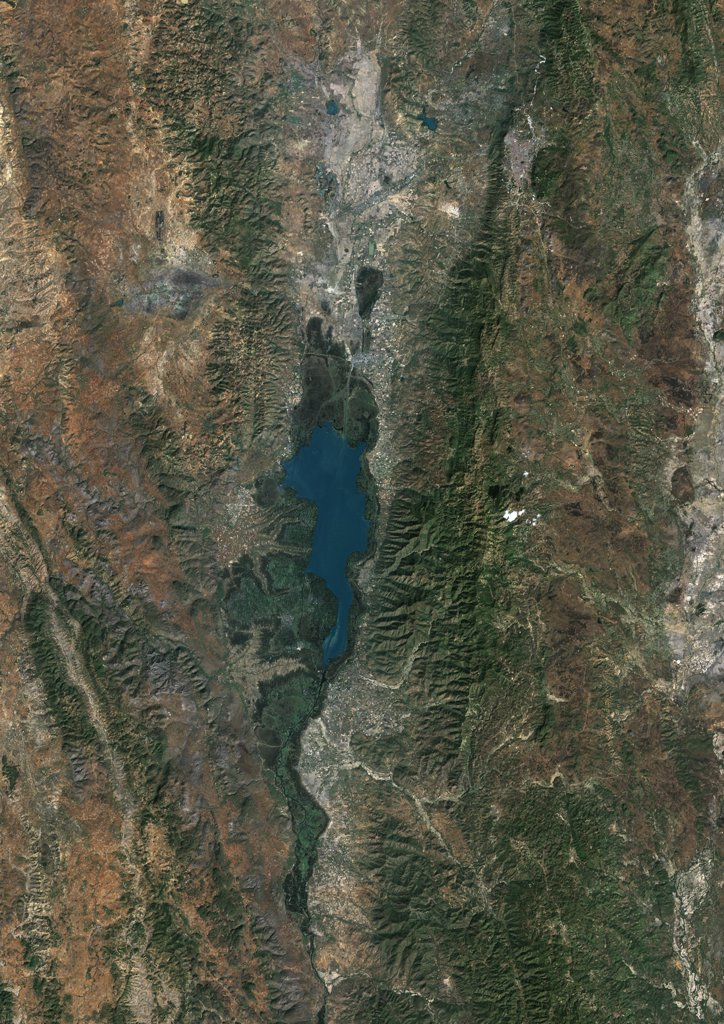 Inle Lake, Myanmar, True Colour Satellite Image. True colour satellite image of Inle Lake, a freshwater lake located in Myanmar. Image taken on 24 January 2000, using LANDSAT 7 data. : Stock Photo