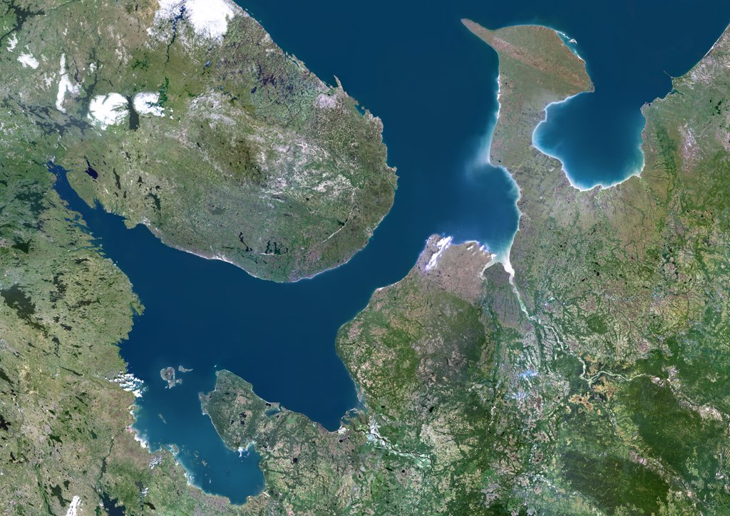 White Sea, Russia, True Colour Satellite Image. True colour satellite image of the White Sea, an inlet of the Barents Sea (at top) on the northwest coast of Russia. Composite image using LANDSAT 5 data. : Stock Photo