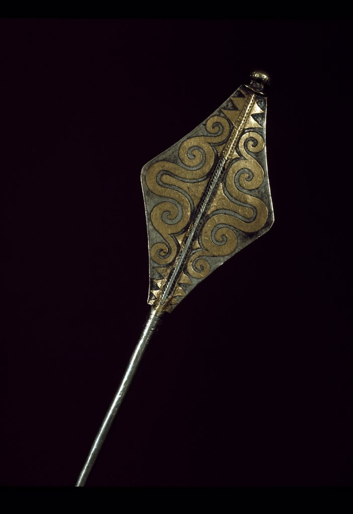 Prehistory: Silver and Gold Pin, from the Treasure found in Borodino, Odessa. 1500 BC, Bronze Age. State Historical Museum, Moscow, Russia.  : Stock Photo