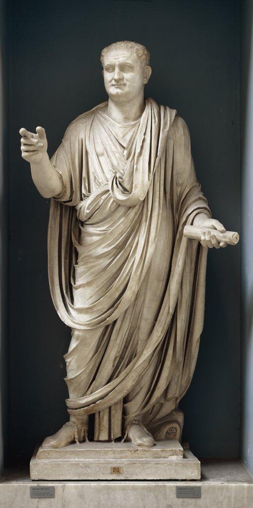 Roman Art: Emperor Vespasian (Titus Flavius Vespasianus). Marble, H.196 cm. Museo Pio Clementino, Musei Vaticani, Italy.  : Stock Photo