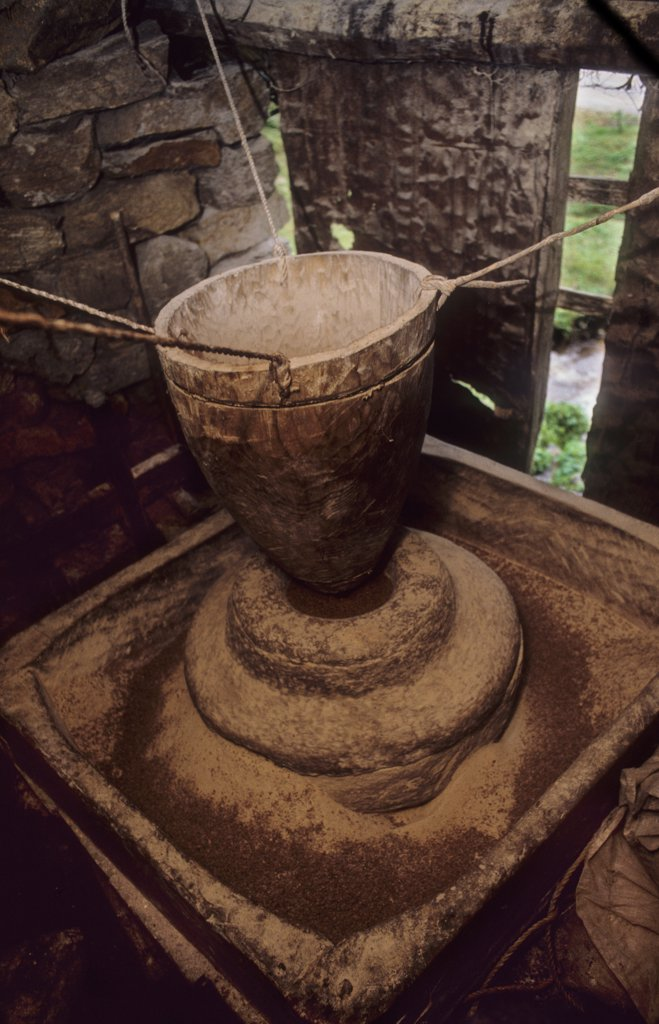 BHUTAN, PARO VALLEY. Water powered grinding wheel. .  : Stock Photo