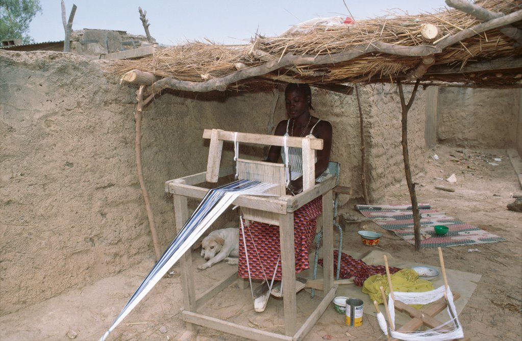 BURKINA FASO - WEAVING. Ouagadougou. Weaving cloth. .  : Stock Photo