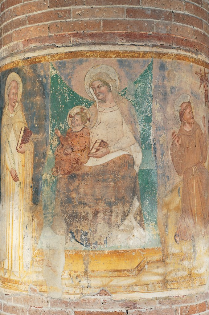 Madonna with St Dominic and St Francis receiving the Stigmata, by Master of Sant'Agostino in Vicenza, 14th Century, fresco. Italy: Veneto: Treviso: San Nicolo Church. Whole artwork. Madonna with St Dominic St Francis receiving stigmata yellow brown : Stock Photo
